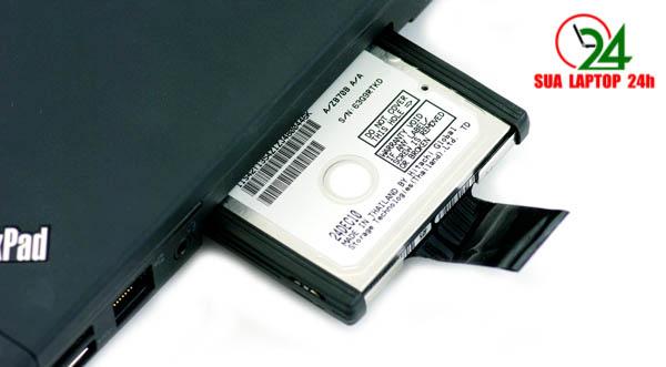 Các câu hỏi đặt ra cho một chiếc laptop Lenovo sử dụng 2 - 3 năm: