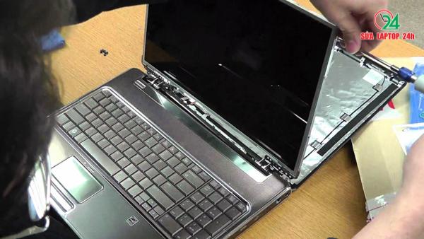 dia-chi-nhan-thay-man-hinh-laptop-huyen-binh-chanh-lay-lien-01