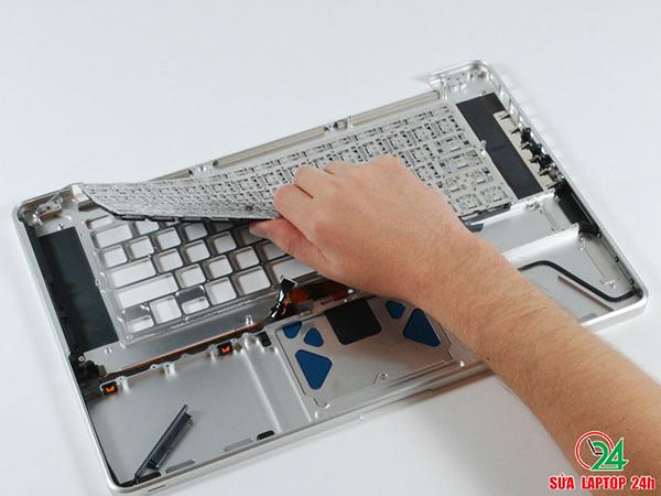linh-kien-laptop-cu-tphcm-gia-re-chat-luong-co-bao-hanh-03