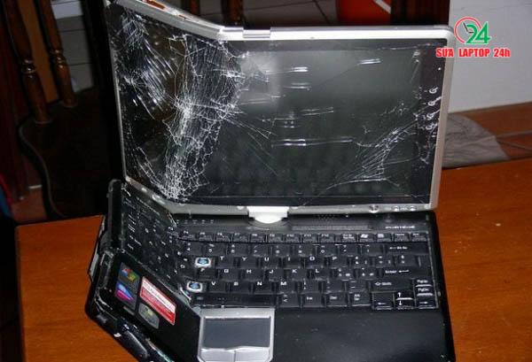 [Hình: thu-mua-laptop-bi-va-dap-manh-gia-cuc-ca...hcm-02.jpg]
